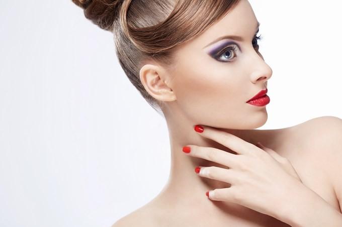 L'Huile Extraordinaire Visage & Cou de L'Oréal.