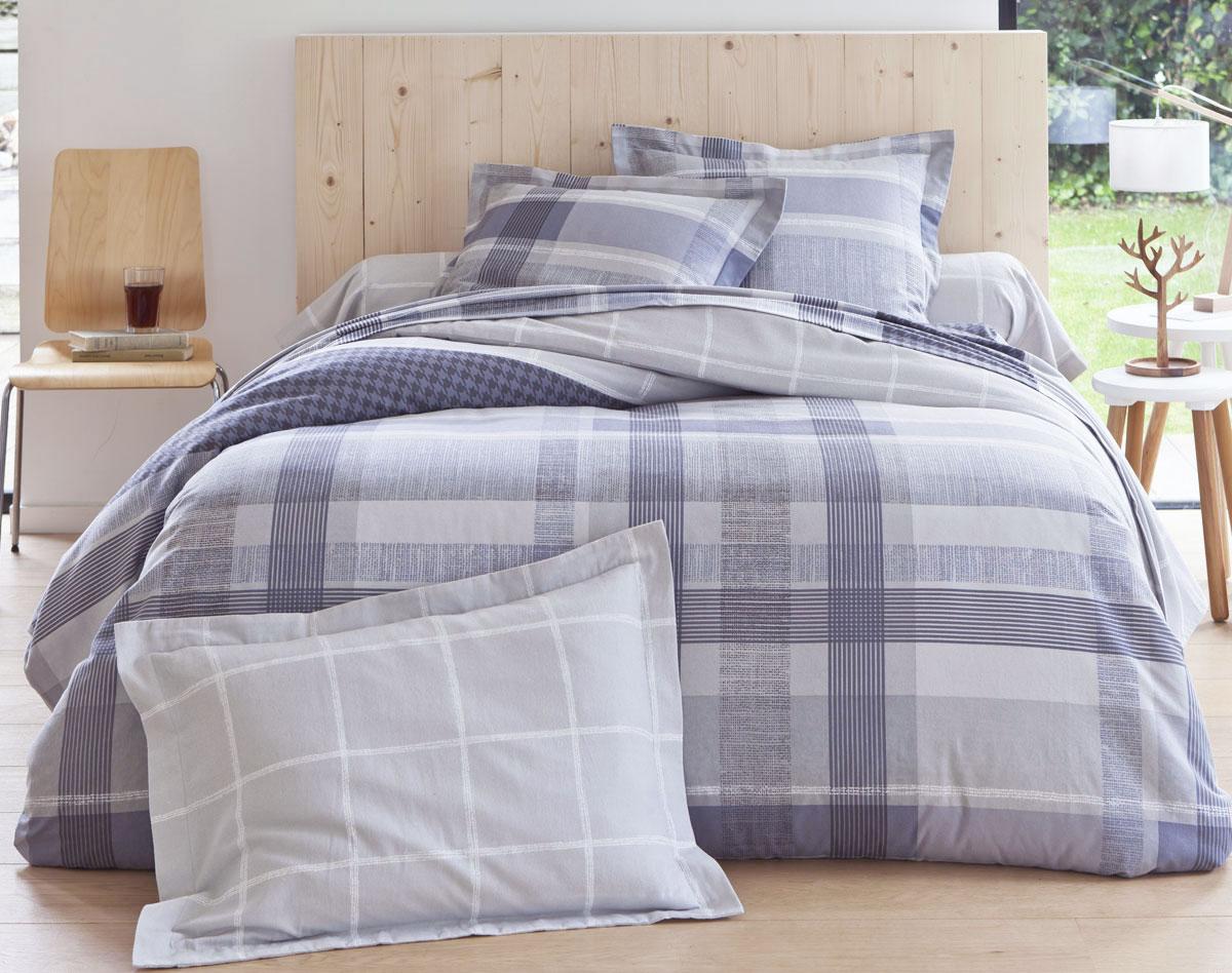 drap flanelle le mien m 39 a s duite d s la toute premi re nuit. Black Bedroom Furniture Sets. Home Design Ideas